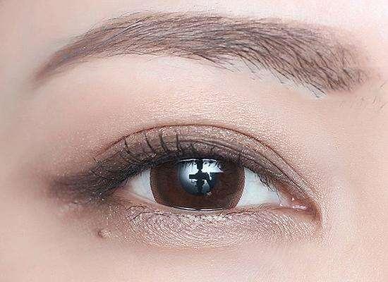 成都割双眼皮的医生哪个好?成都割双眼皮专家排名大全